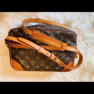 Vintage authentic Louis Vuitton Trocadero